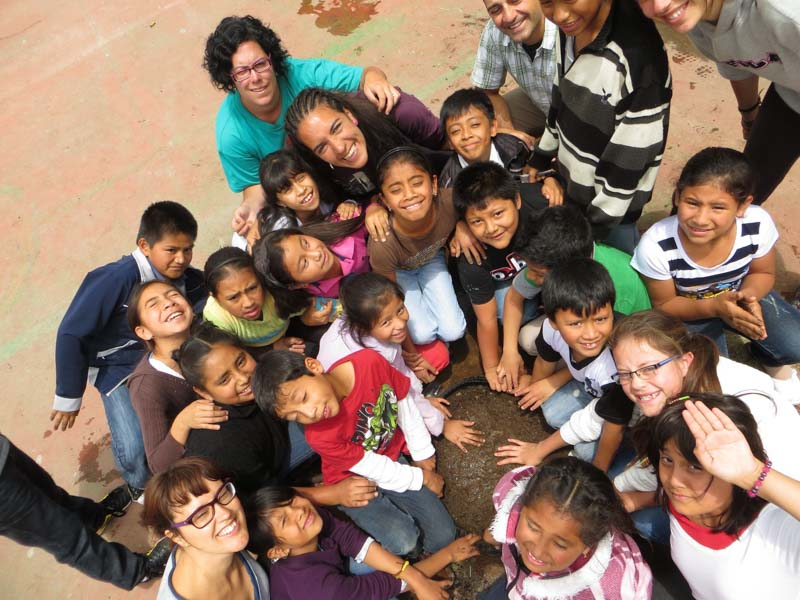 Volunteer in childcare in Guatemala
